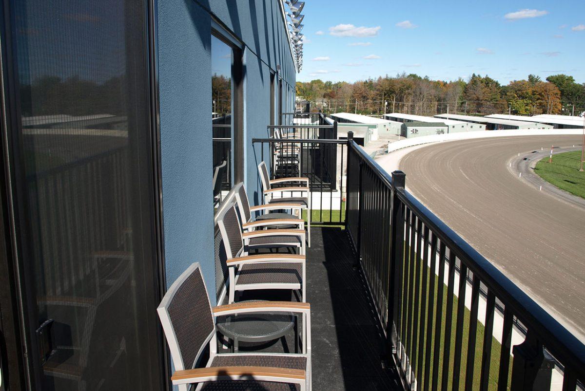 batavia down hotel suite balconey view